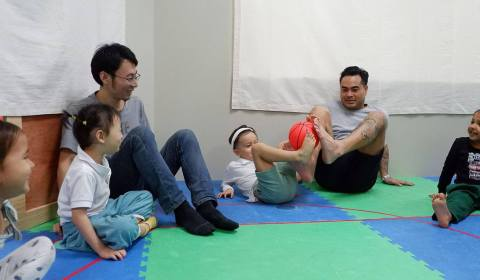 Daddy-and-Me-Yoga-2019-19