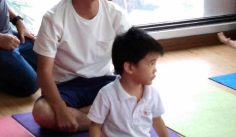Daddy-and-Me-Yoga-2019-4