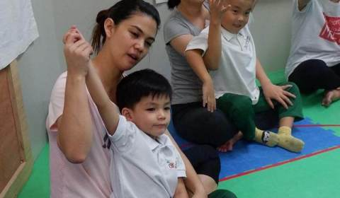 Mommy-and-Me-Yoga-2019-26